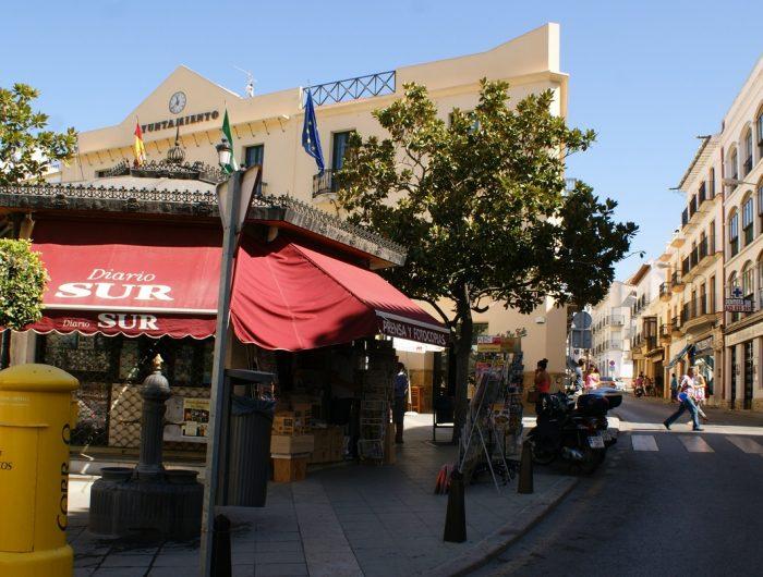 https://mivelezmalaga.com/wp-content/uploads/2016/12/Ayuntamiento-700x530.jpg