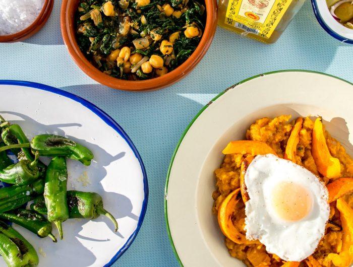 https://mivelezmalaga.com/wp-content/uploads/2016/12/Spanish-Food-Velez-Malaga-Restaurants-700x530.jpg