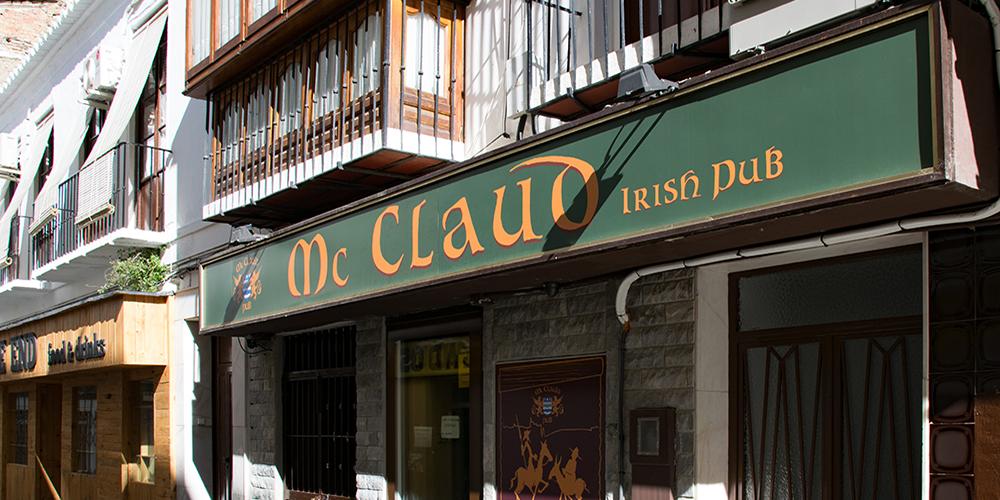 McClaud Irish Pub In Velez Malaga