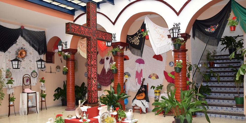 may cross in a velez patio