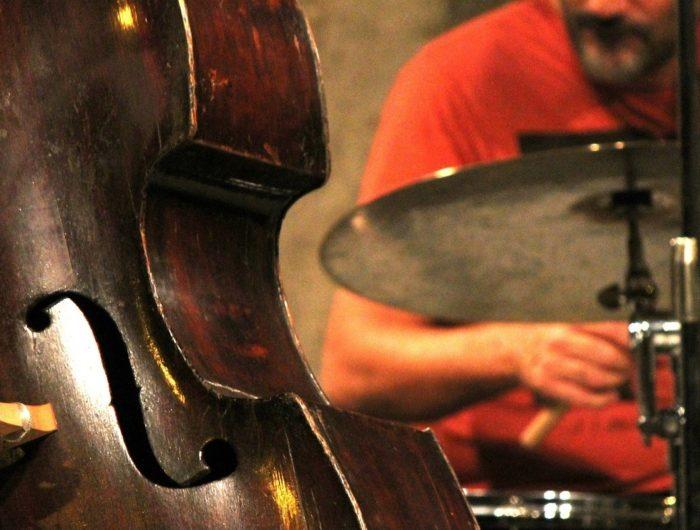 jazz musicians playing