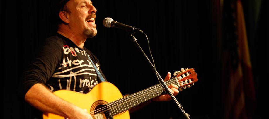 javier ruibal guitarist